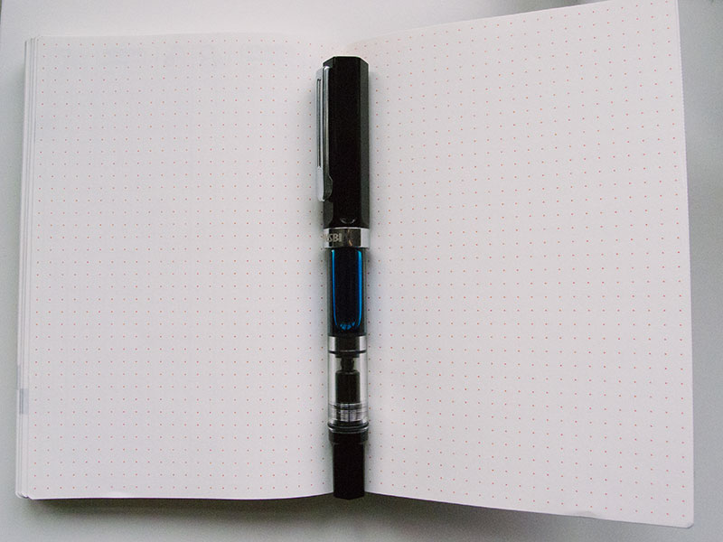 hobonichi-dot-grid-pages